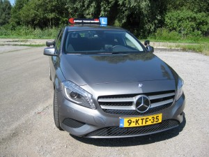 2013-aug-26-merc-benz-A-180-CDI-BE-001